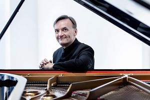 Stephen Hough - Melbourne only performance